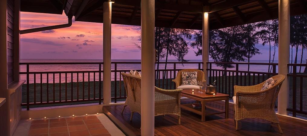 Honeymoon Villa Beachfront